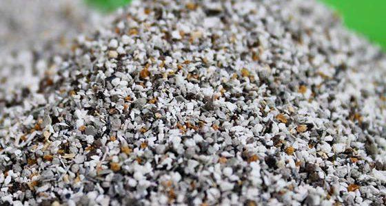 Odkúpenie zostatkových množstiev granulátov a technologického odpadu zo spracovania plastov